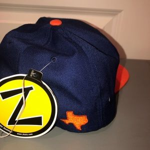 Zephyr Accessories - UTSA SnapBack Hat